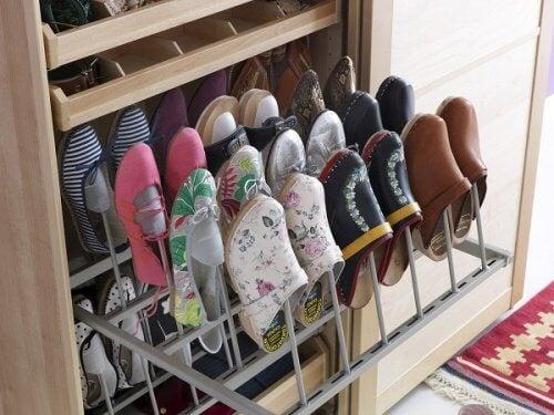 Gabinete para sapatos