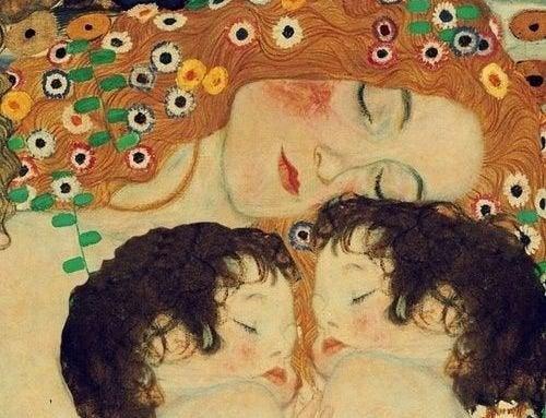 Os beijos e abraços são o melhor remédio para seus filhos