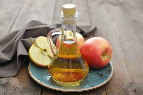 Vinagre de sidra de maçã para combnater a cândida