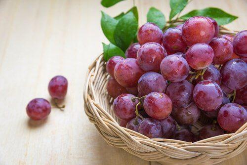 5 razões para incluir uvas vermelhas em nossa dieta