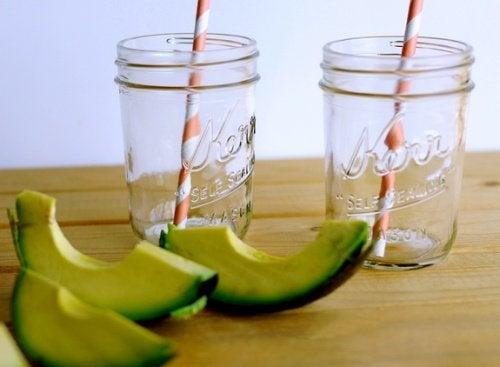 Bebida para estimular o cérebro e melhorar o estado de ânimo