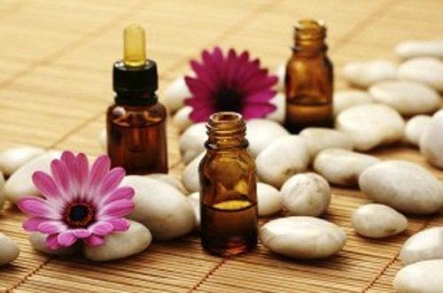 A aromaterapia pode ajudar a aliviar as dores causadas pelas contraturas
