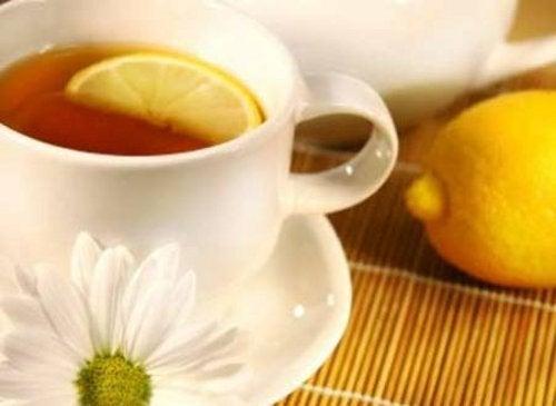 Chá com casca de limão