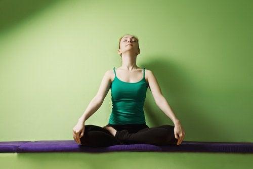 postura-aliviar-estresse-ansiedade