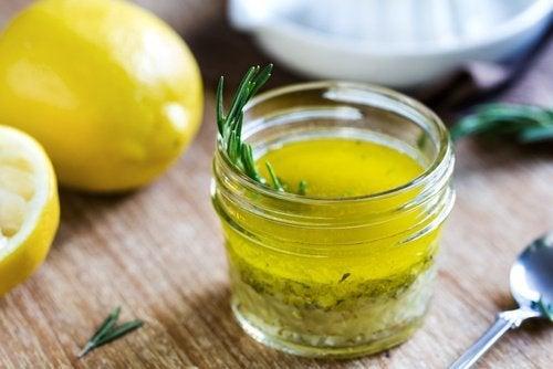 Limão e azeite de oliva para combater o sobrepeso