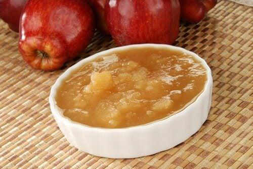 maçã-remover-manchas-e-cravos