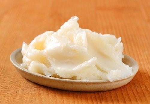 manteiga-de-cacau-para-cuticulas
