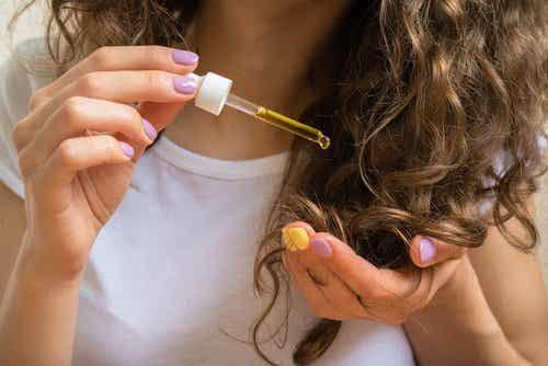 Como engrossar o cabelo fino com apenas um ingrediente natural