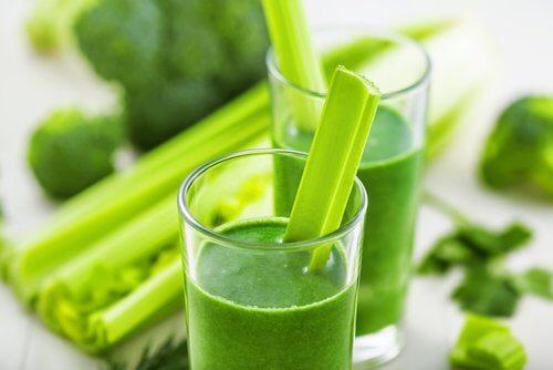 suco-verde-limpar-bexiga
