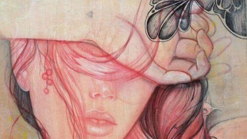 mulher-com-a-mao-sobre-os-olhos