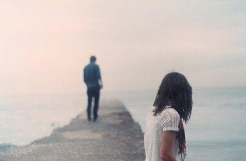 A dificuldade de deixar um(a) ex ir