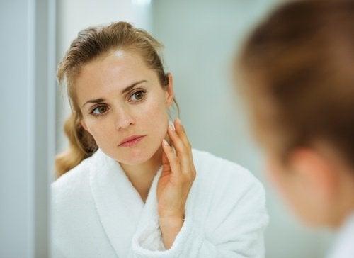Máscaras para remover as manchas no rosto