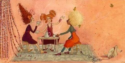Mulherer tomando café e compartilhando a vida