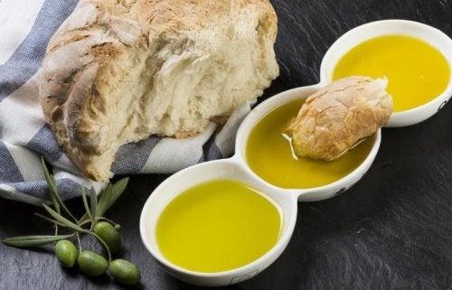 Pão com azeite de oliva, uma combinação perfeita