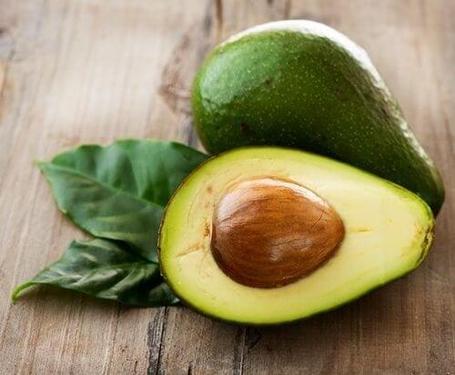 O abacate evita a obstrução arterial