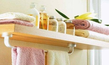 8 coisas que você nunca deve deixar no banheiro