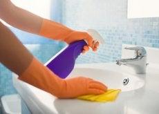 7 truques simples para limpar os lugares mais inacessíveis em sua casa