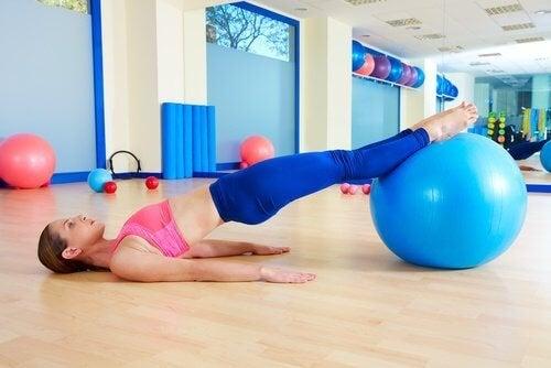 6 exercícios caseiros para melhorar a sua saúde