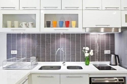 cozinha-limpa-organizada
