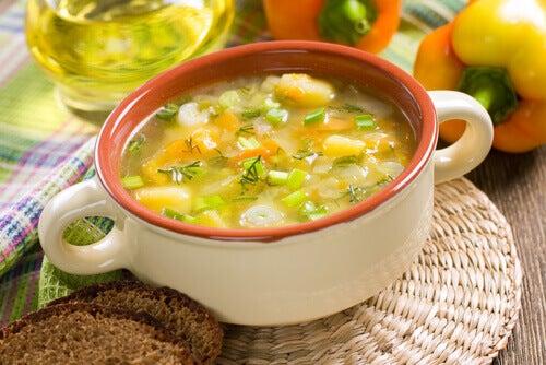 sopa-de-legumes-alimentos-saciantes
