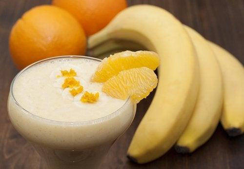 batida-de-banana-e-laranja