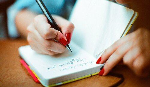 Ler e escrever um diário para um envelhecimento cognitivo saudável