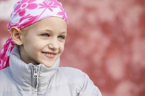 menina_sorrindo_cancer_infantil