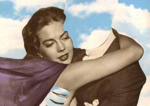 mulher_abraca_homem_invisivel_nuvens