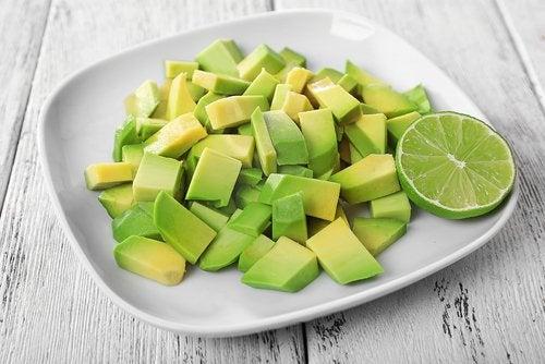 abacate-picado