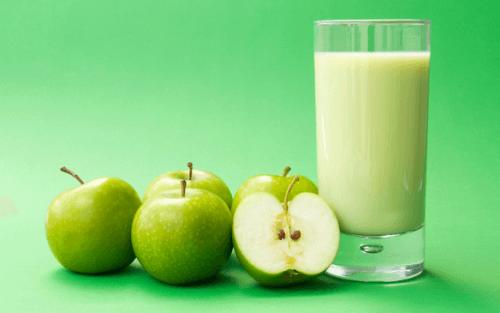 Vitamina de maçã verde e linhaça