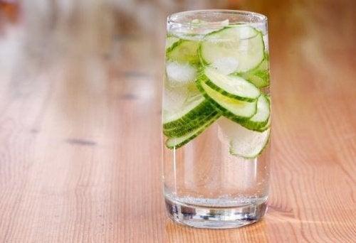 Água de pepino