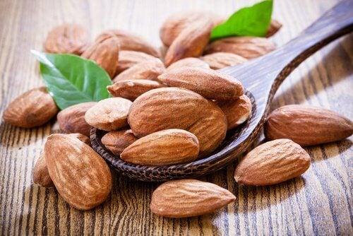 amendoas-contra-gordura-abdominal