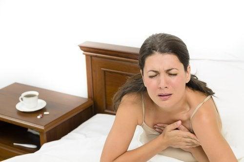 crise de ansiedade causa suor noturno