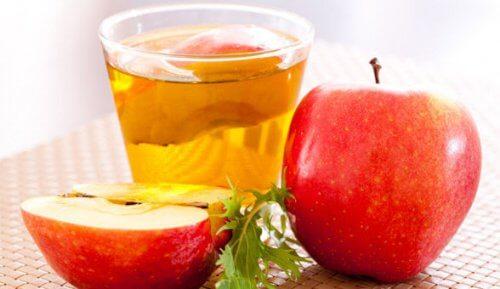 Vinagre de sidra de maçã para tratar a gengivite