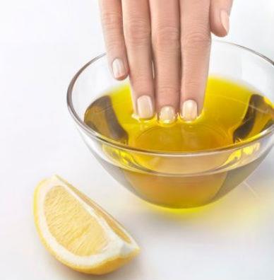 Mão em azeite de oliva