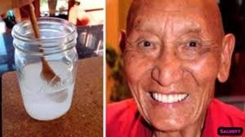 Você sabe porque os monges tibetanos têm dentes brancos e fortes?