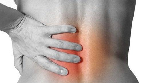 Inflamção nas articulações dorsais