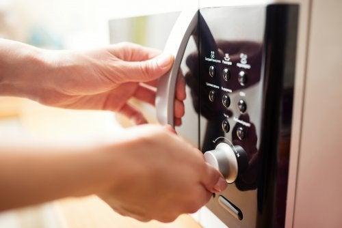 Incríveis truques com o forno micro-ondas