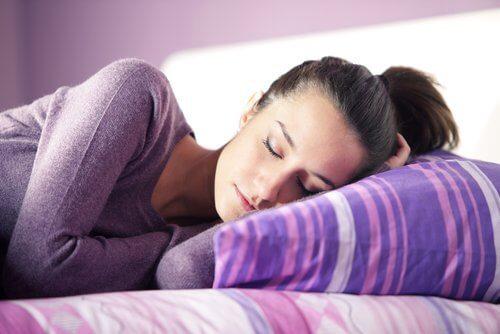 mulher_dormindo