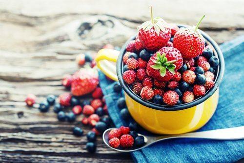 frutas-silvestres-contra-envelhecimento