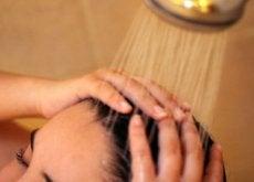 Os 8 melhores truques de beleza para a pele e cabelo