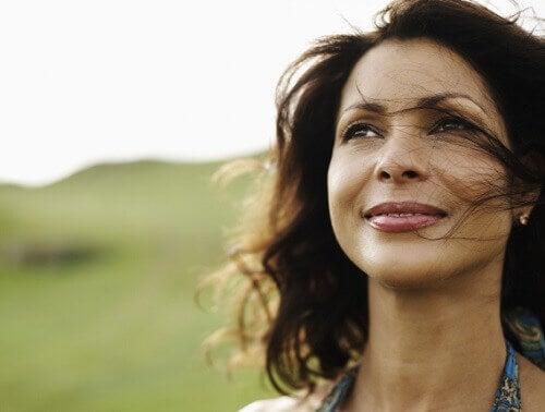Uma boa autoestima ajuda a melhorar a sua autoimagem