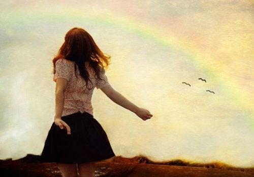 mulher-arco-iris