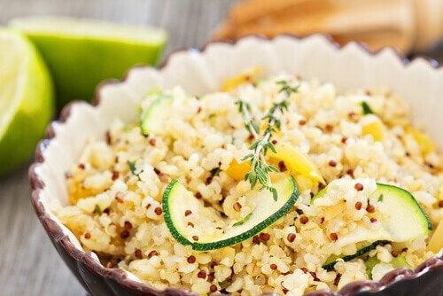 quinoa-com-abobrinha