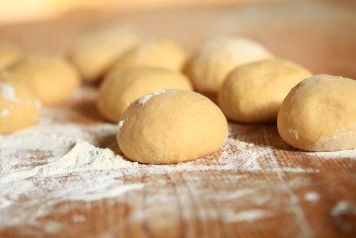 Pão à base de farinhas refinadas