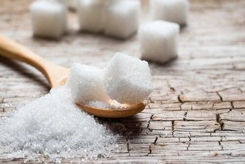 O açúcar deixa nosso rosto irreconhecível