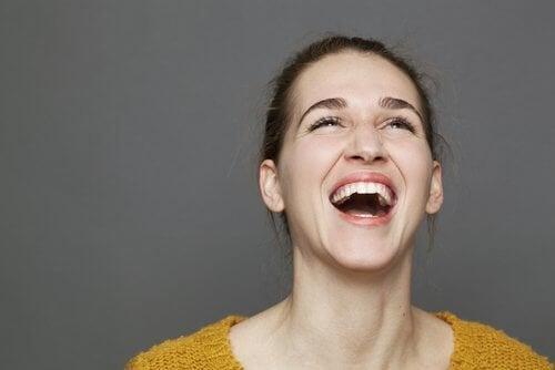 Emoções como a felicidade afetam ao coração e ao intestino delgado.