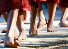 Aprenda a meditar enquanto caminha e emagreça suas emoções negativas