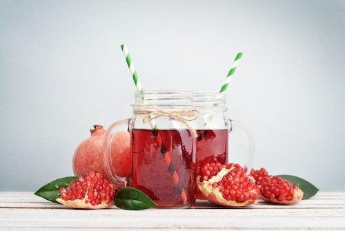 Suco de romã para prevenir alzheimer