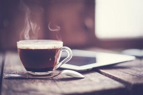 Café para tratar a artrite